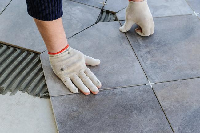 sostituire i pavimenti bagno